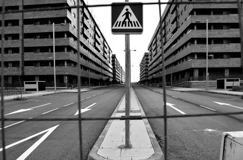 vivienda,urbanización,vivienda vacia,ruinas,tve,documentos tv