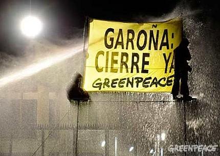 acci-n-de-greenpeace-con-sesen-4.jpg